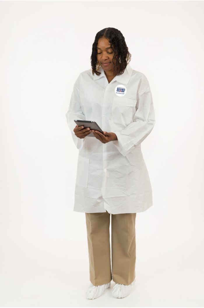 International Enviroguard MicroGuard MP® 8025 Lab Coat